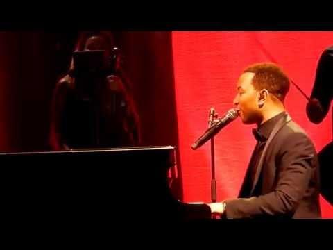 (HD) John Legend - Used to love you live Sydney Opera House 18-12-2014