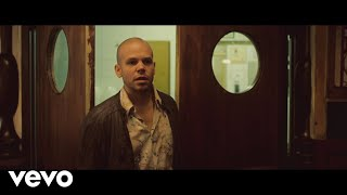 Repeat youtube video Calle 13 - El Aguante