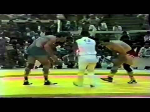 1985 Senior World Championships: 130 kg Bronze Bruce Baumgartner (USA) vs. Adam Sandurski (POL)