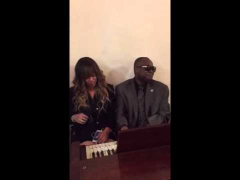 I WONT COMPLAIN  STACY FRANCIS X FACTOR FINALIST (Gospel song) Organist Charles Minor