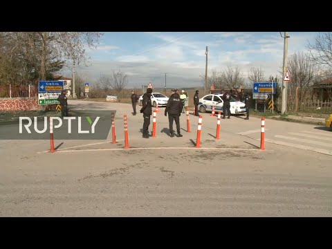 live:-migrants-wait-at-turkey-greece-border