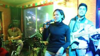 Lhasa Bar with Sign Band n Guest of Bangkok Full HD1080p