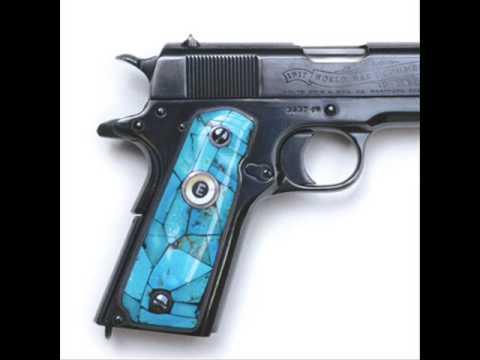 ELVIS  PRESLEY - Guns Collection