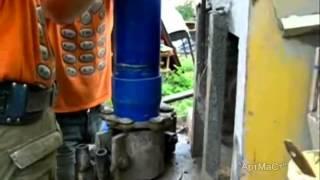 Бурение скважины с использованием труб из нПВХ(В данном видео представлены обсадные трубы для скважины из материала нПВХ. Группа компаний