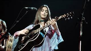 Watch Emmylou Harris Love Hurts video