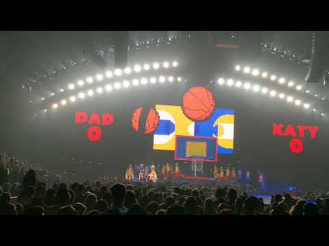 Swish Swish - Katy Perry, United Center, Chicago IL, 10-24-17