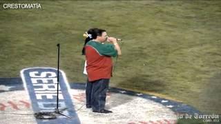 Jenni Rivera cambia letra del Himno Nacional