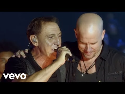 Franco de Vita - A Medio Vivir ft. Gianmarco