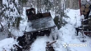 С ДТ-75 снимаем двигатель. Камаз  лесовоз  не поднялся  в гору. ТДТ-55