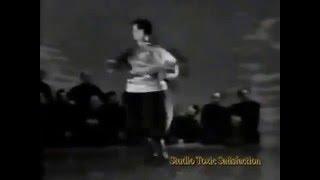 Донские казаки танцуют Украинский гопак, 1950 годы(Донские казаки танцуют Украинский гопак, 1950 годы. Украинские слова в донском гутаре. Перепись населения..., 2015-12-18T16:59:57.000Z)