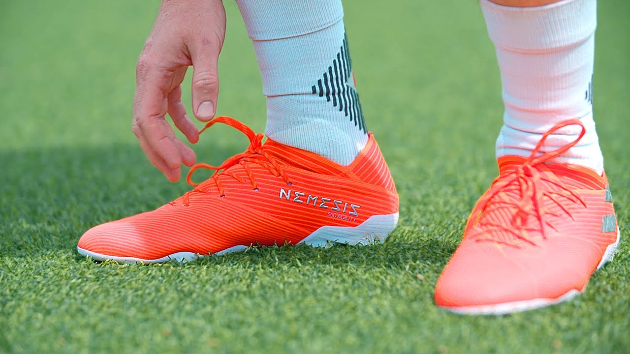 Lionel Messi's adidas Nemeziz 19.1 Football Boots - Test & Review