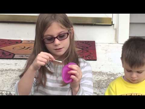 Tiny Wubble Bubble Ball - Toy Review by Crazy Kids Reviews