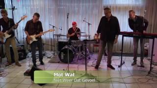 In het radioprogramma Bluezy was donderdag 16 junii 2016 de band Mot Wat te gast bij presentator Nico Bravenboer. Naast een interview trad de band ook live ...