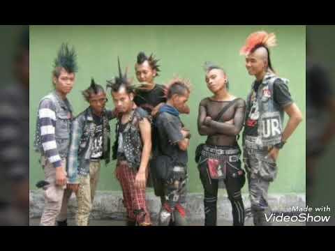punk rock(seorang gadis)