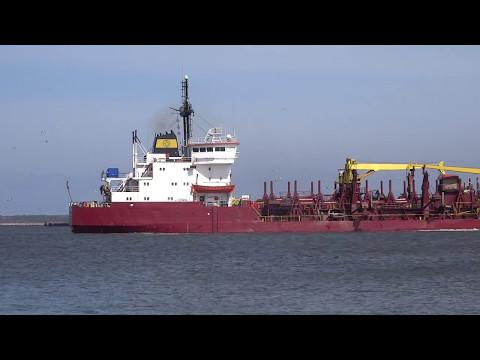 TSHD Poseidon I dredging @ Liepaja port