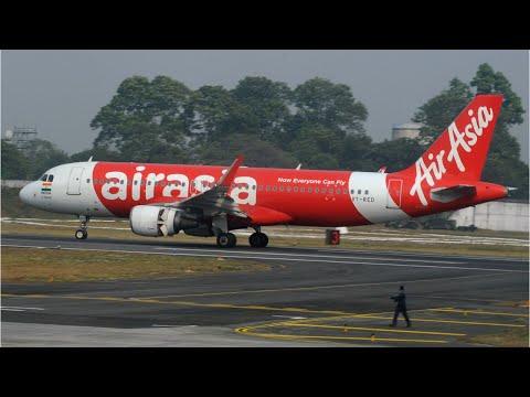 Pilot Urges Prayers After Plane Starts Shaking