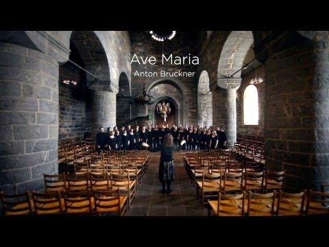Schola Cantorum  Ave Maria Bruckner