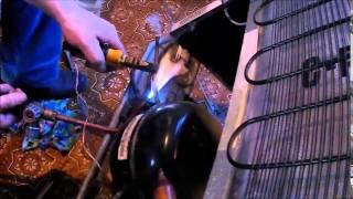Ремонт холодильника, устранение засора капиллярной трубки / Refrigerator repair(Засор капиллярной трубки, холодильника Атлант., 2015-06-29T13:30:15.000Z)