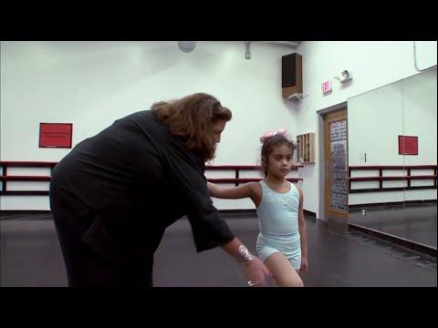 Dance Moms - Vivis First Day (S1 E02)