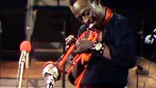 Miles Davis- November 3, 1969 Salle Pleyel, Paris [1st show, audio version]