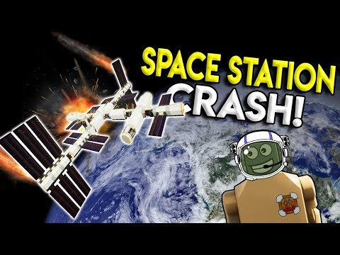 LEGO SPACE STATION CRASHES INTO LEGO CITY! - Brick Rigs Game