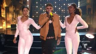 "Prince Royce ft Farruko - ""Ganas locas"" | Latín American Music Awards 2017"