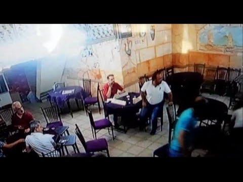 Adıyaman'da Kardeşi Ağabeyini Bıçaklama Anı Kamerada