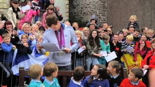 A big welcome home to Andy Murray in Dunblane!
