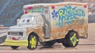 CARS 3 DELUXE DR. DAMAGE MATTEL DISNEY PIXAR NEW 2017 DEMOLITION DERBY DIECAST UNBOXING REVIEW