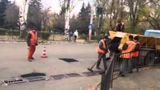 Краматорськ. Ремонт дороги у перші морози