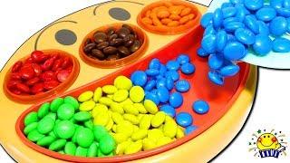 アンパンマン フェイスランチ皿【チョコいっぱい★】コキンちゃんがお菓子集め♩砂遊びとおうちでカギ探し!キッズ 子供向け M&M chocolate たまごMammy