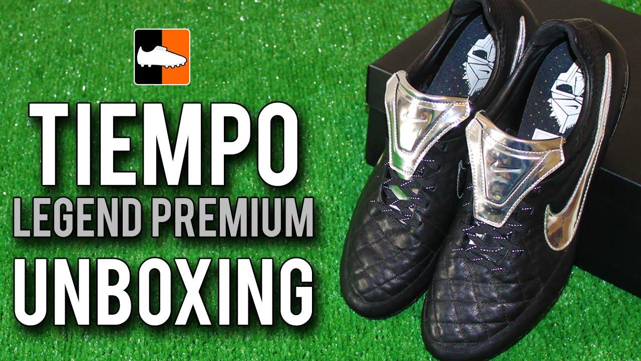 factory authentic e9a6e 6cfd5 Francesco Totti's Nike Tiempo Legend V Premium Unboxing