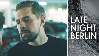 Positive Clan-Witze: Klaas' plötzlicher Sinneswandel | Stand Up | Late Night Berlin | ProSieben