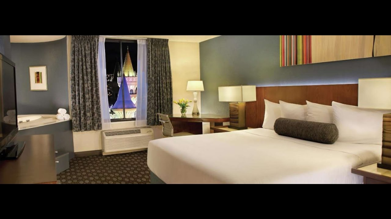 Excalibur Hotel Tower Room Excalibur Las Vegas Ro...