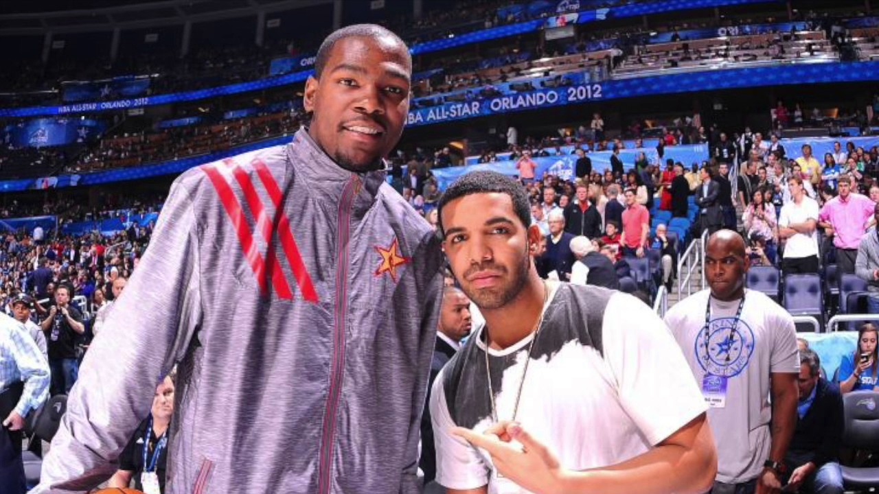 01e83bad5da6 Drake Stares Down Kevin Durant.Kevin Durant disses Drake Night After  Beating Raptors