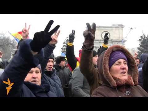 A treia zi de proteste la Chişinău - radio Europa Liberă
