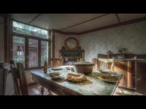 Abandoned FarmHouse With last meal still on the Table !