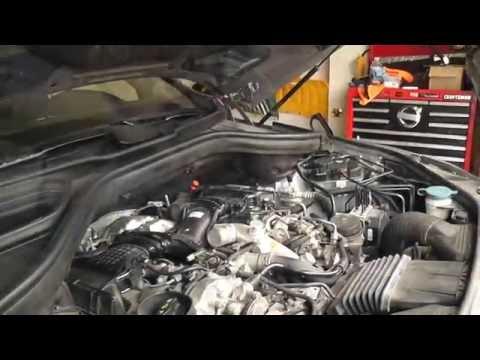 Merecedes ML350 W166 Bluetec Oil Change, Engine Air Filter, Cabin Filter And DEF Fluid.