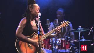 "Marema chante ""Bayo Baye"" - Live à Paris (3)"