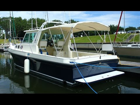 SOLD!!! 2001 Albin 28 Tournament Express for sale at Little Yacht Sales,  Kemah Texas