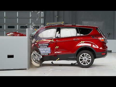 2017 Ford Escape small overlap IIHS crash test