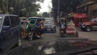 ONLY IN THE PHILIPPINES!!! 2 lanes counterflow rosario, pasig dec.5,2014 around 8am