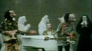 Piggy in the Middle -The Rutles (1977)