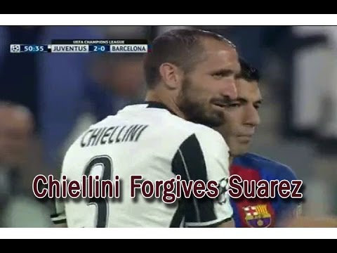 Chiellini Forgives Suarez   Best Moment In Match Juventus vs Barcelona