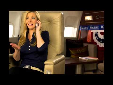 Lisa Kudrow sued by former manager for 'Friends' residuals
