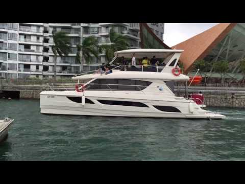 Yacht Charter and Boat Rental Services in Singapore