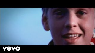 Watch Aaron Carter The Clapping Song video