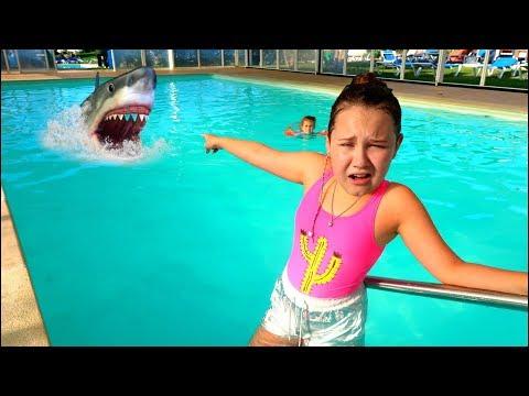 Baby Shark Saved By Ruby \u0026 Bonnie Kids Pretend Play in Swimming Pool