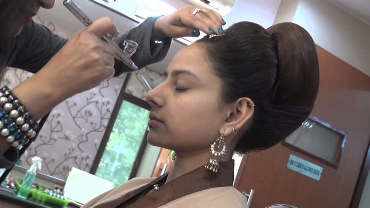 Bridal Air Brush Make-Up by Vidya Tikari on www myShaadi in