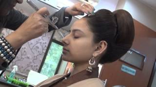 Bridal Air Brush Make-Up by Vidya Tikari on www.myShaadi.in